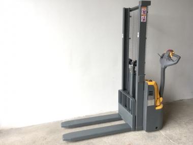 Nový elektrický vysokozdvižný vozík EMF10/16 - cena na dotaz
