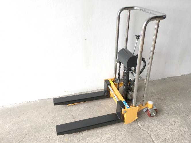 Nový ruční vysokozdvižný vozík MFPJ850