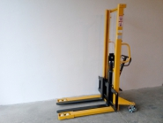 Nový ruční vysokozdvižný vozík MF15/16