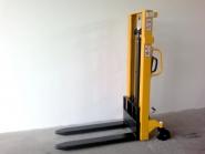 Nový ruční vysokozdvižný vozík MFR10/25 - rychlozdvižný